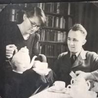 AP203 Arthur Prior in uniform having tea with Mary in 1944.jpg
