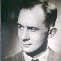 AP205 Arthur's portrait photo, used in The press 1952.jpg